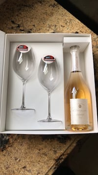 champagne and glass set