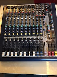 Soundcraft mfxi8 Deck Mikser