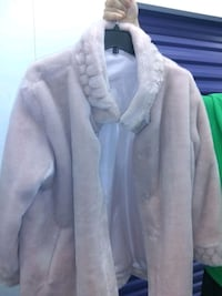 Negotiable, Plussize Ladies Faux Fur Coat Manassas, 20109