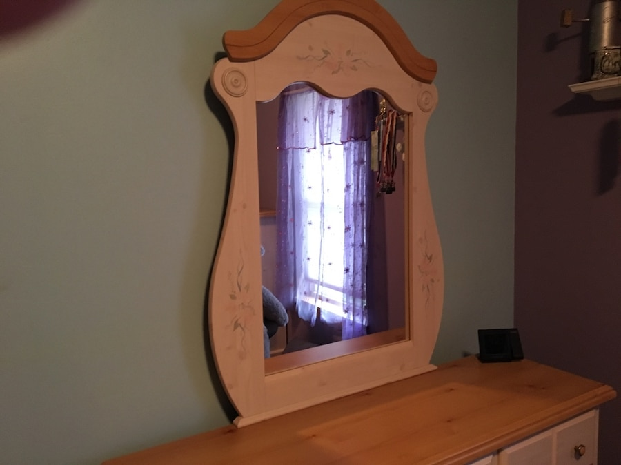 Girls youth bedroom set for sale - Little Suamico