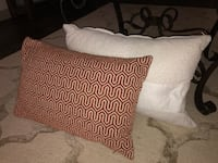 Throw pillows  Dallas, 75215