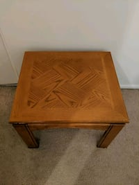 end table  Milwaukee, 53202