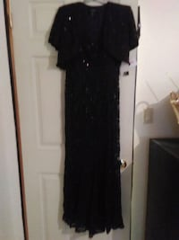 Lace gown South Woodslee, N0R 1V0