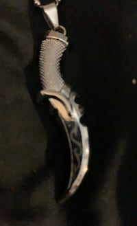 Jewelry guys dagger with 24 in chain