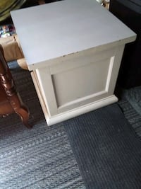 Storage end table. Grand Junction, 81503