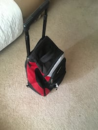 Travel bag on wheels with retractable handle Mississauga, L4Y 2A6