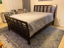 Bedroom set (3 piece)