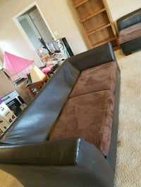 Leather and Suede Couch   Oak Ridge