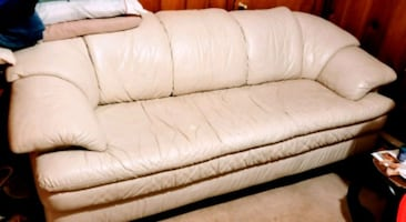 White Leather Sofa and Chair - Very Comfortable!