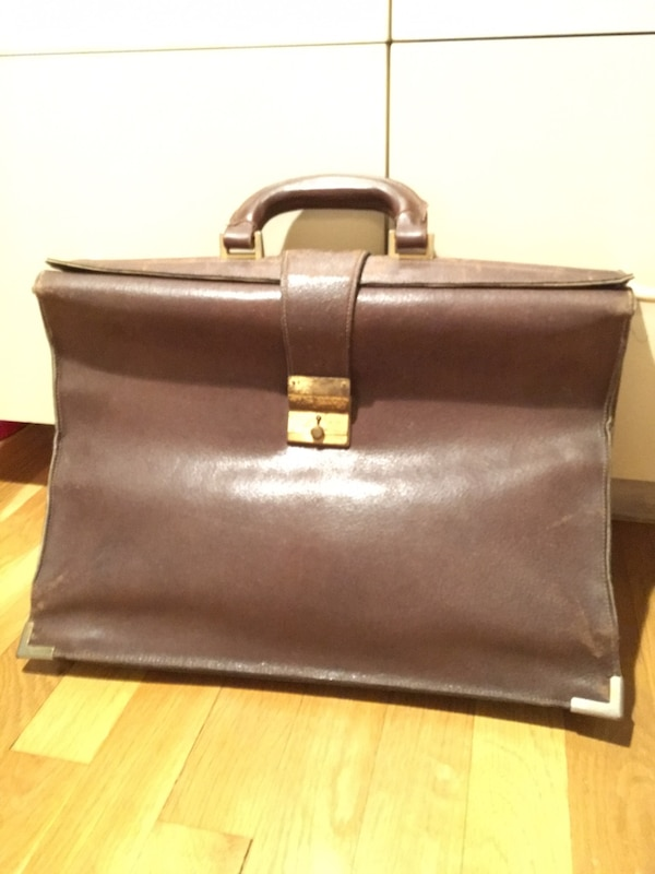 5f48d38d9a6d7f Used Gucci vintage carry bag for sale in New York - letgo