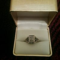 Gold-colored diamond ring West Allis, 53219