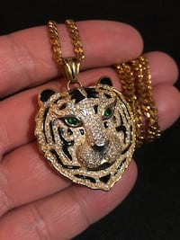 18k Gold Plated Tiger Head Necklace New Westminster, V3M 6P9