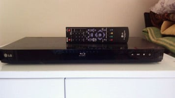 Lg bd550...usb,ınternet,hdmi HD DVD PLAYER.