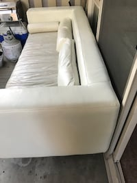 white wooden bed frame with white mattress Редмонд, 98052