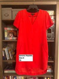 red v-neck shirt San Jose, 95134