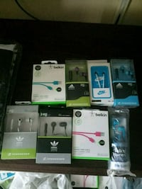 assorted iPhone cases with boxes Markham, L3T 4Z1
