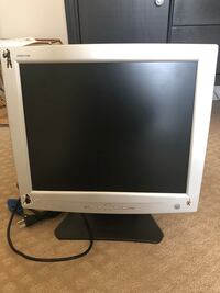 17 in Gateway Computer Monitor