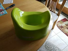 green potty trainer