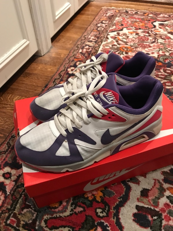 dfeed90b3f002 Used Size 12 Nike Shoes for sale in Toronto - letgo