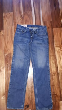 Hollister jeans Whitchurch-Stouffville