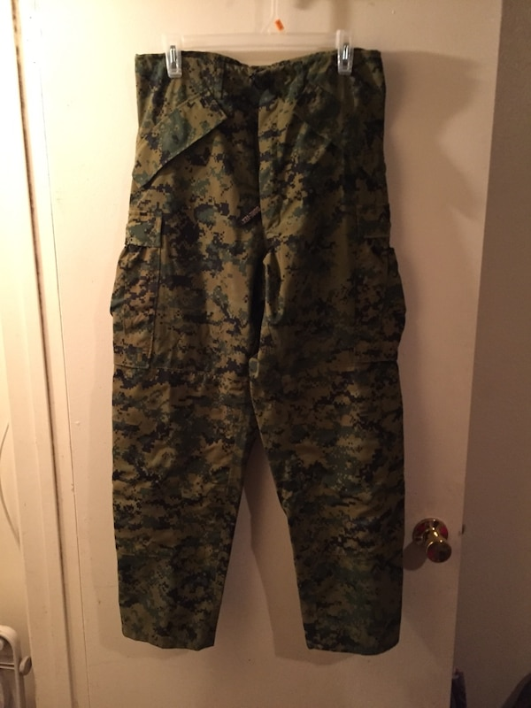 7c902f0a0871 Used Gortex digital camouflage jacket and pants for sale in Yuma - letgo