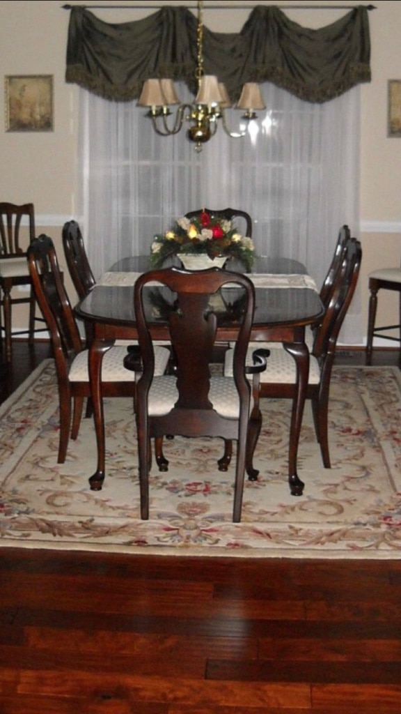 Basset :Table And 6 Chairs!