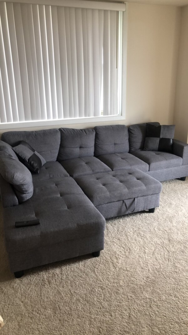 Couch 0