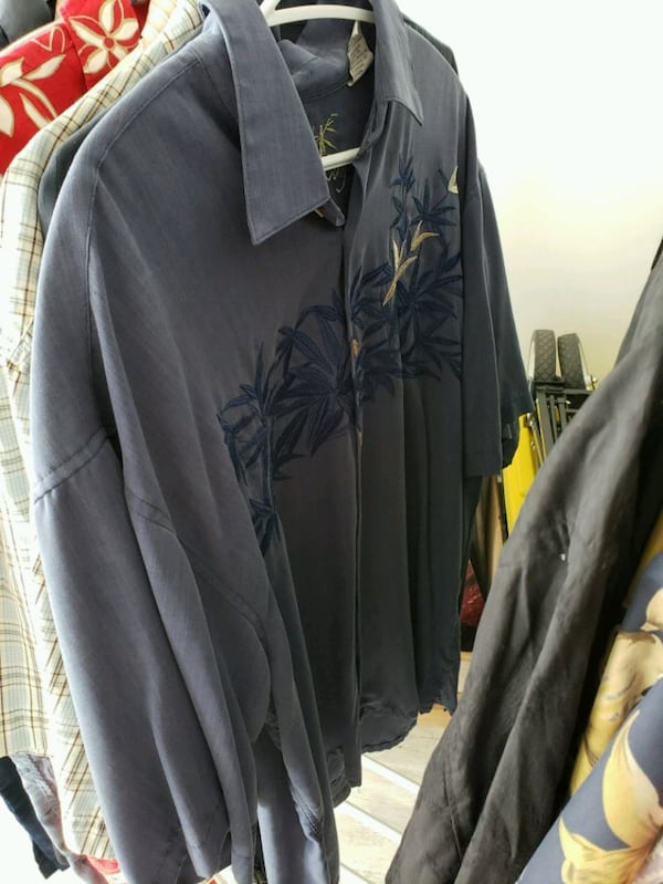 Collection of 20 mens shirts in various sizes eab66208-082a-4b5d-8449-1fb84701a5d5