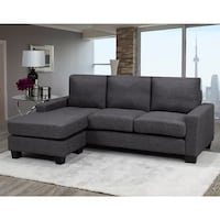 Sectional with reversible chaise Brampton, L6W 2C2
