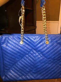 blue leather Chanel tote bag Hinesville, 31313