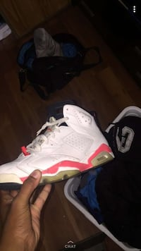 unpaired white and red Air Jordan 6 shoe Whitby, L1N