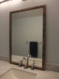 Framed Mirror 2 ft by 3 ft Mississauga