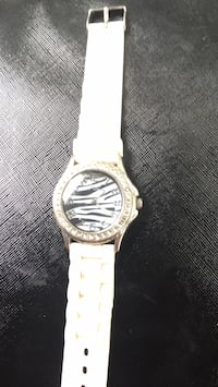 round silver analog watch with white strap Vilonia, 72173
