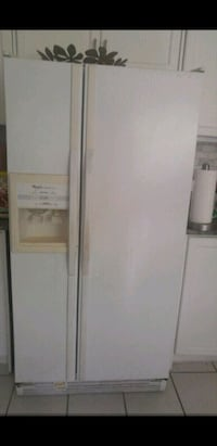 Whirlpool white side-by-side refrigerator Whitby, L1N 9E2