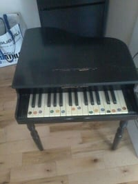 Old kids piano