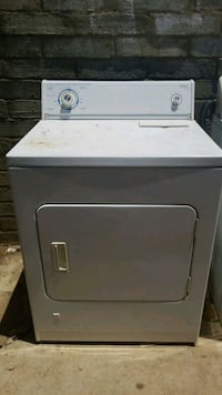 white front-load clothes dryer and washer San Fernando, 91340