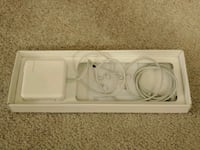 Apple 85W MagSafe Power Adapter Cupertino, 95014
