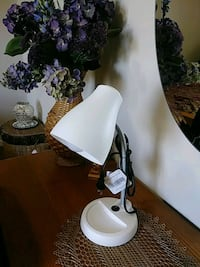 white table lamp for desk  ( New ) Crown Point, 46307