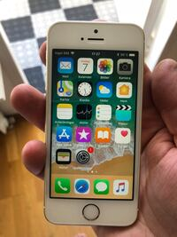 Iphone SE 64 GB Vendelsö, 136 63
