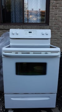 "White 30"" Frigidaire stove  (electric) for sale."