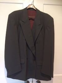 Mans suit double breasted 100% wool Whitchurch-Stouffville, L0H 2C9