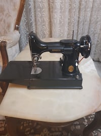 DİKİŞ MAKİNASI- SINGER 3-110 FEATHERWEIGHT VINTAGE SEWING MACHINE 221