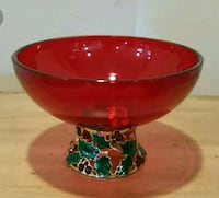 Beautiful Red Christmas Holly Bowl with Nice Metal Thousand Oaks, 91360