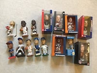 15 Chicago Sports Bobbleheads.  All in great condition Lincolnwood, 60712