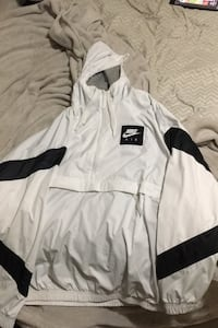 Nike Air Windbreaker Barrie, L4N 7G1