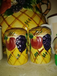 two fruit embossed brown condiment shakers Inverness, 34452
