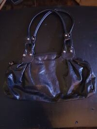 women's black leather shoulder bag Kamloops, V2B 3C9