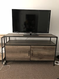 TV Stand Los Angeles, 90045