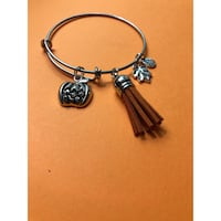 Customized charm bracelets  Germantown, 20874