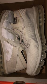 Nike shoes  Springfield, 22151